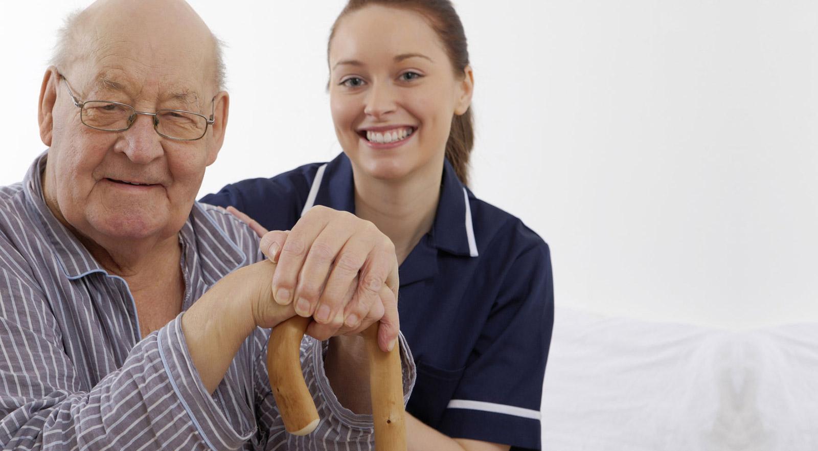 Oristano: Cercasi Badante convivente per uomo anziano - Contratto a tempo indeterminato
